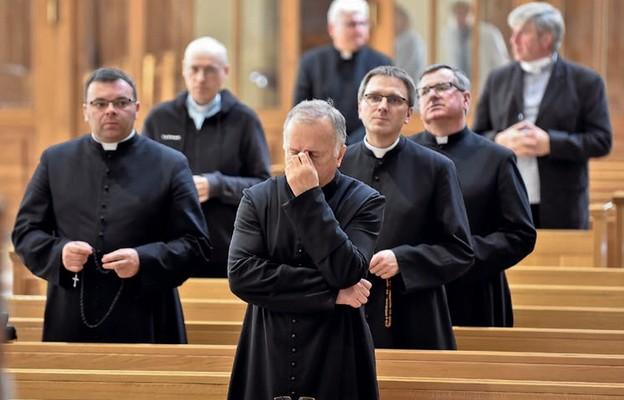Przemienić kapłańskie serca