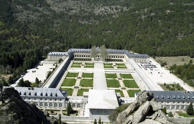 Hiszpania: rząd zamierza usunąć benedyktynów z Doliny Poległych i zdesakralizować to miejsce
