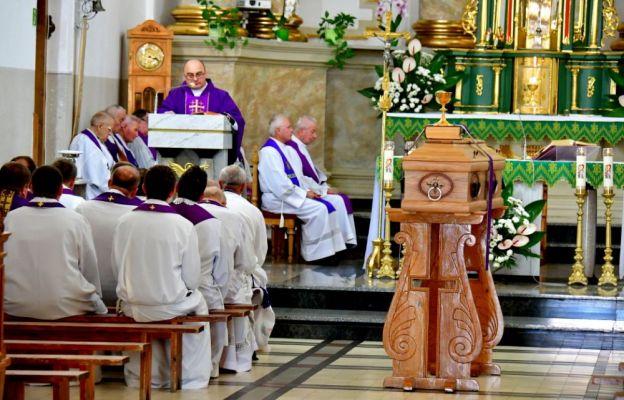 Msza św. żałobna za śp. ks. Romana Kulczyckiego