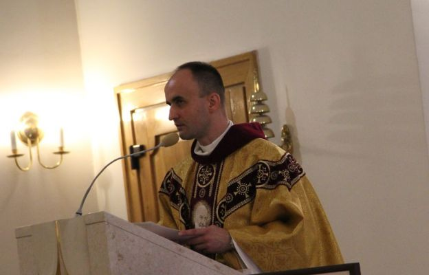Ks. Krzysztof Hojzer, opiekun Diecezjalnej Grupy Modlitewnej św. Ojca Pio w Zielonej Górze