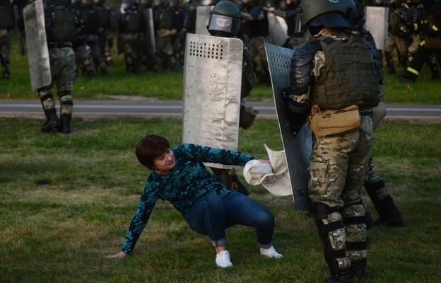 Białoruś/ Wiasna: co najmniej 259 zatrzymanych w czasie środowych protestów