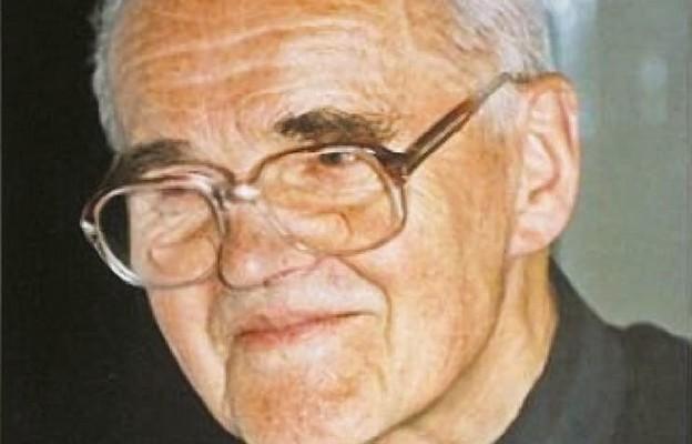 O. Stefan Miecznikowski SJ