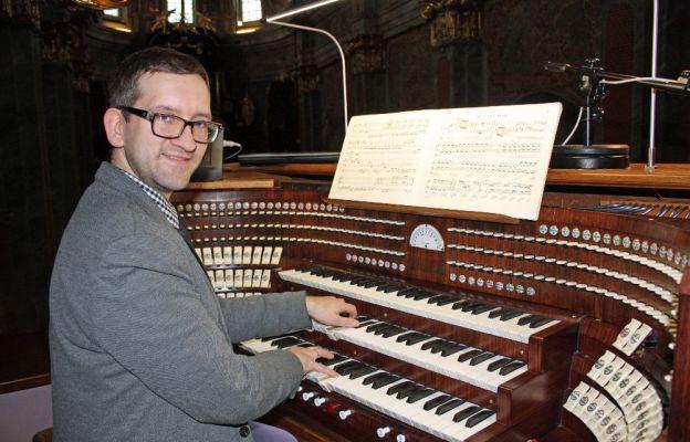 Stanisław Maryjewski zaprasza na muzyczne wieczory do archikatedry