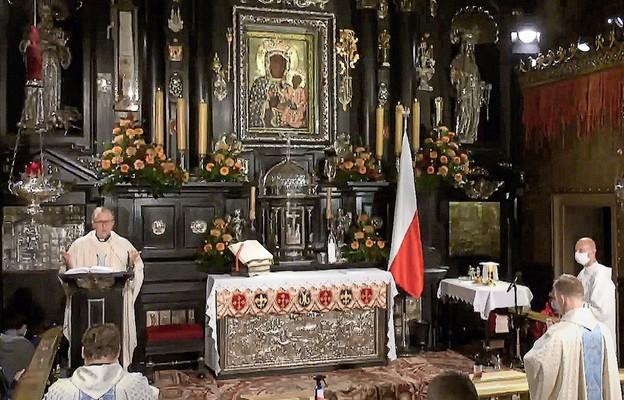 Na Jasnej Górze składamy Wielką Księgę Łask jako wotum Polaków – mówił ks. Jarosław Grabowski