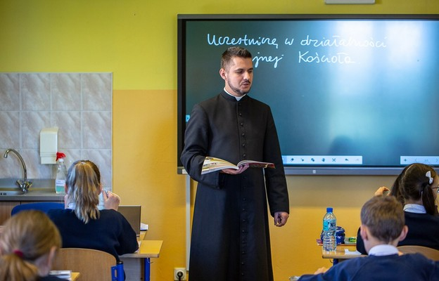 Katecheta – nauczyciel z klasą