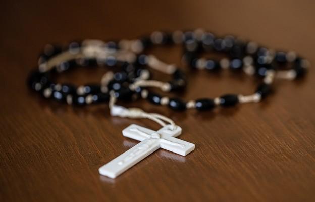 Czerwińsk nad Wisłą: modlitwa różańcowa na Wiśle