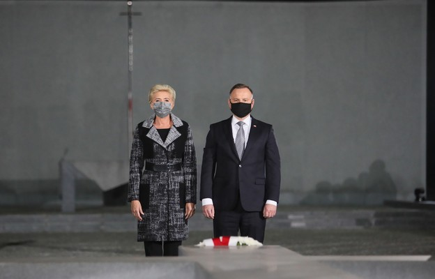 Prezydent: prawda zbrodni katyńskiej to fundament Polski wolnej, suwerennej i niepodległej