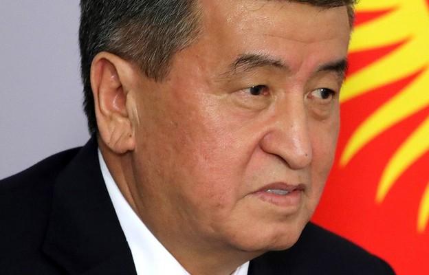 Kirgistan: Prezydent Dżinbekow ustąpił z urzędu