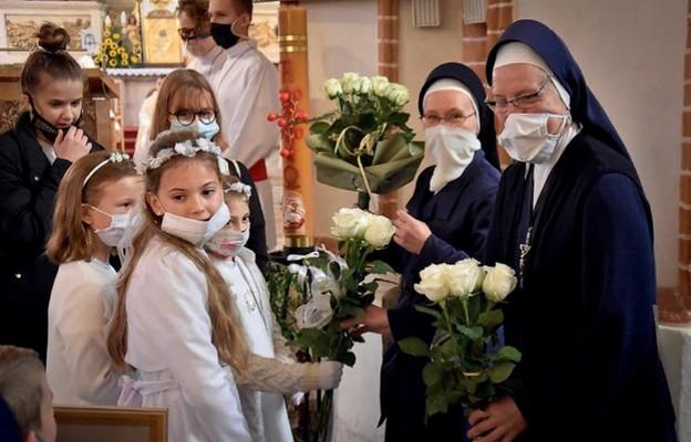 Dzieci ze szkoły w Brodnicy wyraziły wdzięczność za posługę sióstr