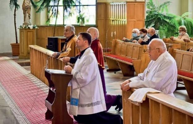 Spotkanie rozpoczęła modlitwa różańcowa