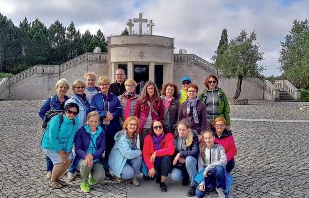 Farmaceuci z Krakowa wyjeżdżają też na zagraniczne pielgrzymki. Tu w Fatmie