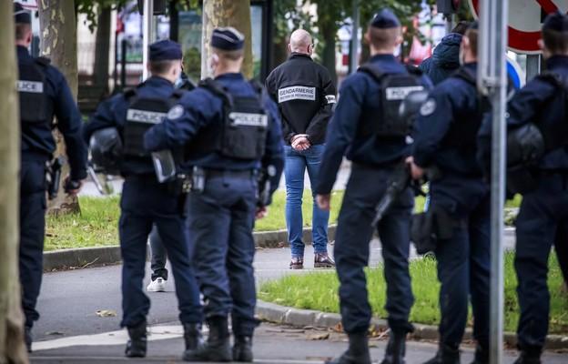 Francja: Nauczyciel zabity przez odcięcie głowy; śledztwo ws. terroryzmu