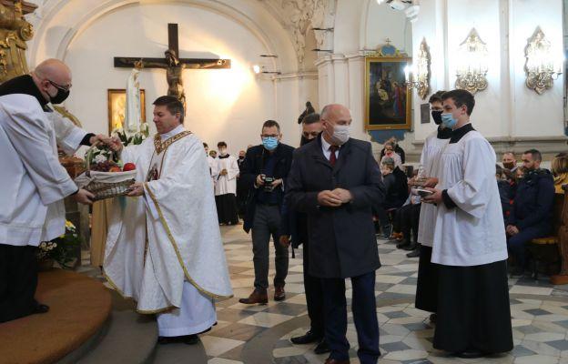 Podczas Sumy odpustowej w Międzynarodowym Sanktuarium św. Jadwigi Śląskiej w Trzebnicy