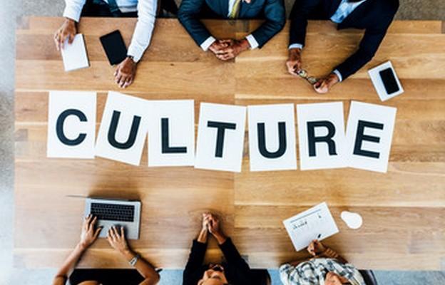 """""""Jeden świat – wiele kultur"""