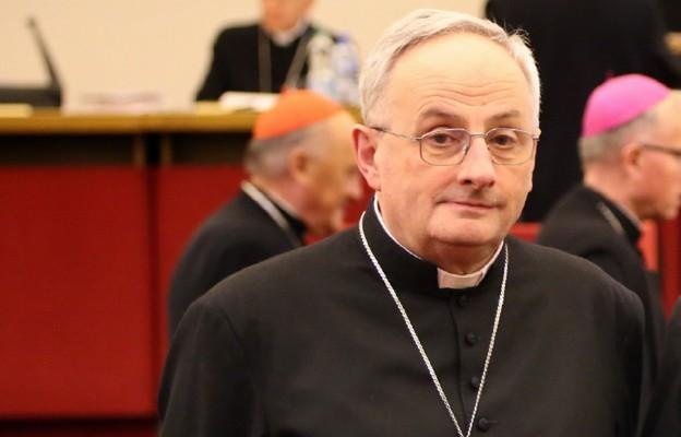 Bp Jezierski: ochrona życia ludzkiego jest obowiązkiem i nie jest ona skierowana przeciwko komuś