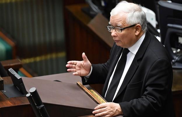 J. Kaczyński do opozycji: narażacie na śmierć mnóstwo ludzi, jesteście przestępcami