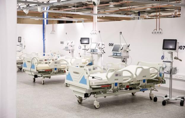 Ministerstwo Zdrowia: 3000 nowych zakażeń koronawirusem