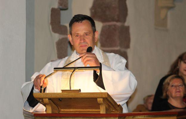 ks. kan. Wiesław Pisarski, od 10 lat jest proboszczem par. św. Jadwigi w Bolkowie