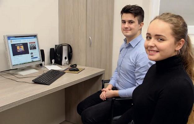 Jakub i Julia zachęcają do wzięcia udziału w szkoleniach KSM