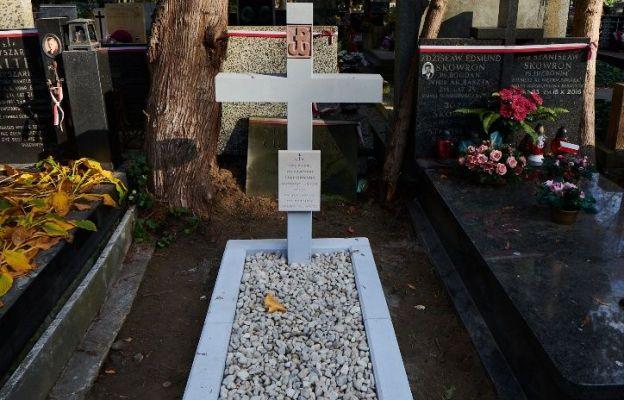 Kolejne groby Powstańców Warszawskich uratowane