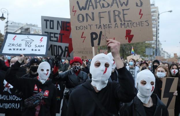 Kraska: z wielkim niepokojem patrzę na to, co się dzieje na polskich ulicach