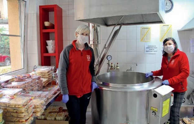 Z pomocy stołówki przy ul. Bema w Zielonej Górze korzysta codziennie blisko 200 osób