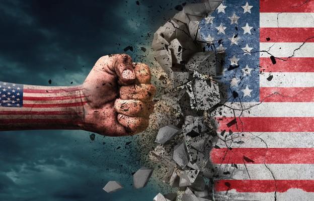 USA na kursie kolizyjnym
