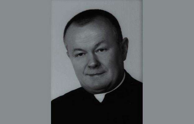 śp. ks. kan. mgr Roman Łodziński