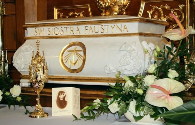 Fałszywe relikwie św. Siostry Faustyny w internecie