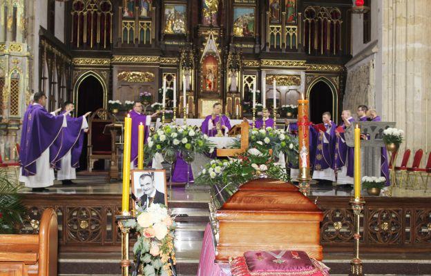Msza św. pogrzebowa w strzegomskiej bazylice