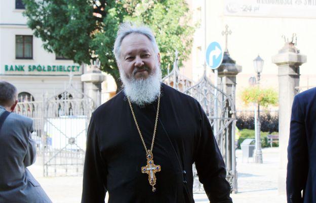 Od wielu lat podczas modlitwy o pokój obecny jest duchowny prawosławny ks. Piotr Nikolski