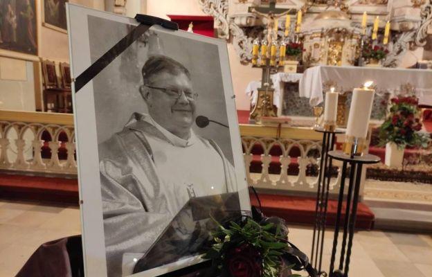Pochowano śp. ks. Ireneusza Łuczaka