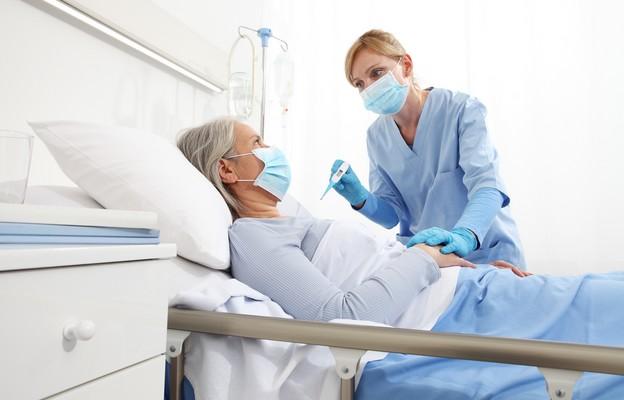 Co wziąć ze sobą do szpitala covidowego?