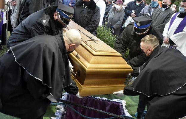 Ks. prał Stefan Smoter spoczął na cmentarzu komunalnym w Bystrzycy Kłodzkiej wśród parafian, tam gdzie tego pragnął