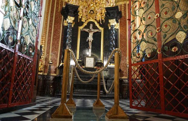 Po konserwacji kaplica jaśnieje nowym blaskiem