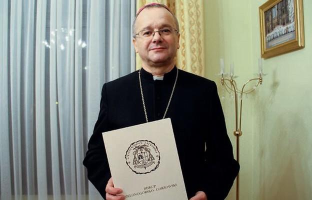 W dobie pandemii szczególnie potrzebujemy towarzyszenia Matki Bożej – mówi bp Tadeusz Lityński