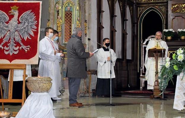 W bazylice słowa powitania do biskupa skierował również burmistrz Strzegomia