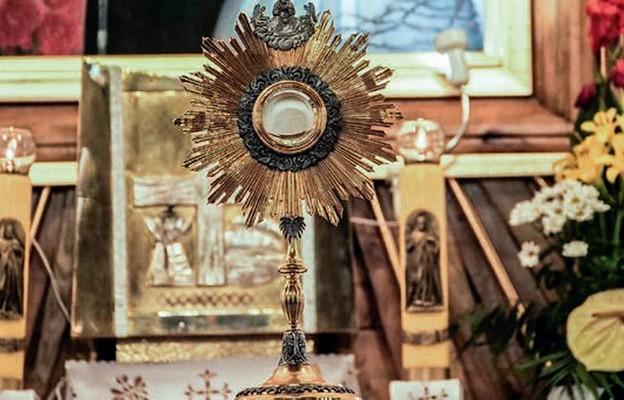 Eucharystia celebrowaną tajemnicą