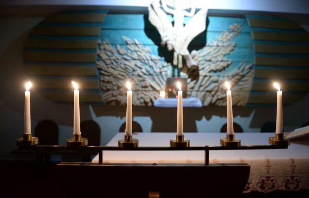 Łódź: Zgromadzeni na świętej wieczerzy
