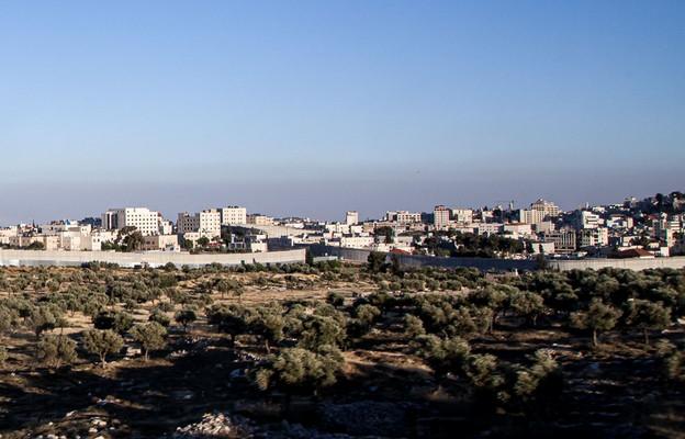 Hamas wystrzelił rakiety w stronę Jerozolimy po starciach na terenie meczetu Al-Aksa