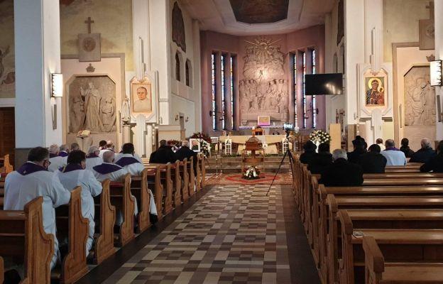 Uroczystości pogrzebowe ks. Józefa Lisiaka SAC w Ołtarzewie