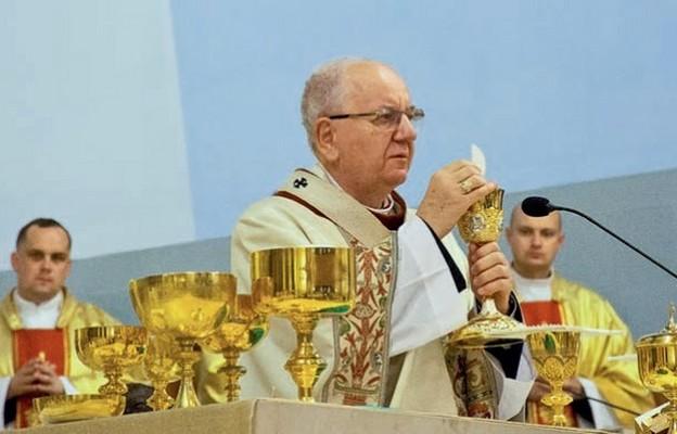 Eucharystia jest sercem i centrum życia chrześcijańskiego