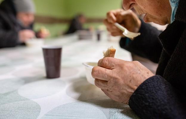 Prawie 21 tys. osób skorzystało z ubiegłorocznej pomocy radomskiej Caritas