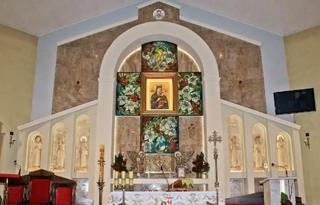 Prezbiterium kościoła w Sosnowcu-Ostrowach Górniczych