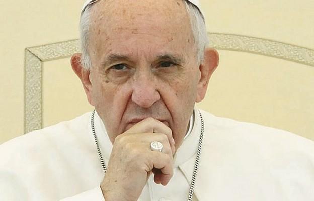Franciszek przypomniał Polakom o 40 rocznicy zamachu na Jana Pawła II