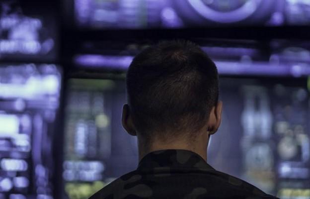 Wojny na algorytmy – nowe wyzwanie dla cyberbezpieczeństwa