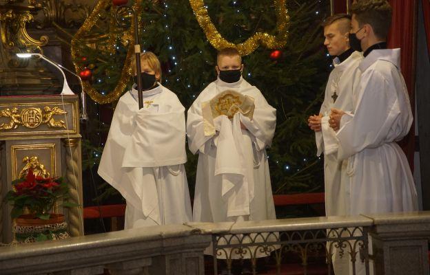 Służba Liturgiczna jezuickiej parafii Wniebowzięcia NMP w Kłodzku