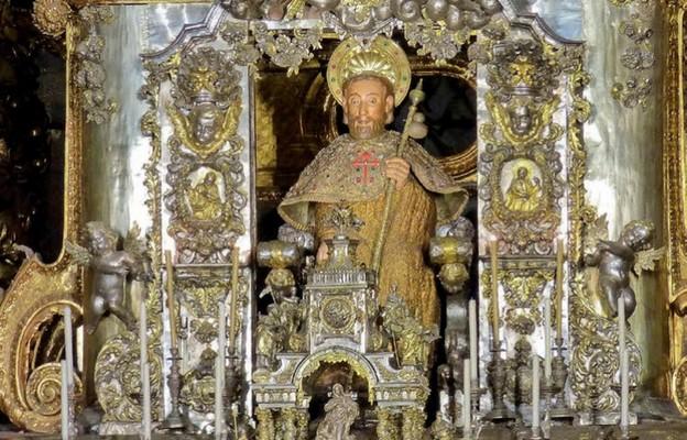 Św. Jakub witający pielgrzymów w Santiago