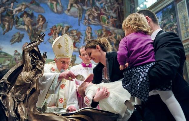 Papieski chrzest