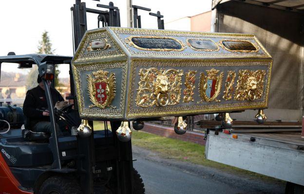 Transport odnowionego sarkofagu